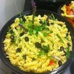 Pastasallad med oliver